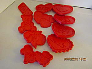 Vintage Wilton Valentine Cookie Cutters In Container