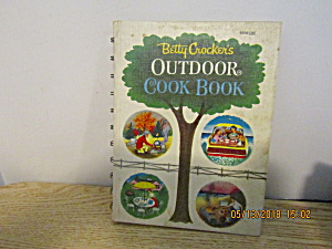 Vintage Betty Crocker's Outdoors Cook Book