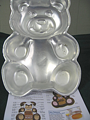 Vintage Wilton Teddy Bear Cake Pan