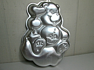 Wilton Birthday/care Bear Cake Pan