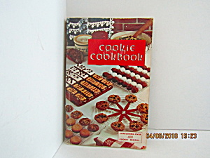 Vintage Booklet Favorite Cookie Cookbook