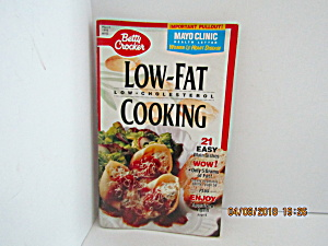 Vintage Booklet Betty Crocker Low-fat Cooking