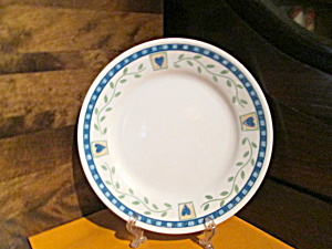 Discontinued Corelle Hearts & Vines Dinner Plate