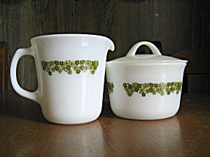 Pyrex Covered Sugar Bowl/ Creamer Spring Blossom Green