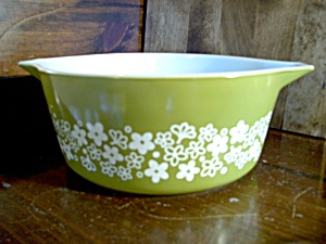 Pyrex Large Spring Blossom Green Casserole