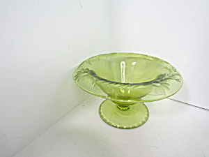 Vintage Green Smooth Rays Rolled Edge Embossed Bowl