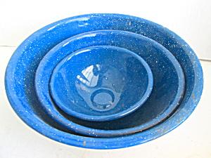 Vintage  Graniteware 3 Piece Blue Specked Bowl Set (Image1)
