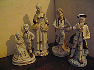 Vintage Colonial White & Brown Figurines