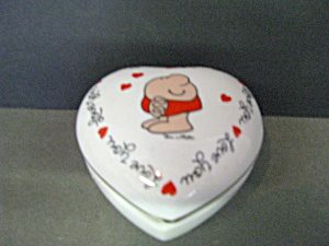 Vintage Porcelain Ziggy Heart Shaped Trinket Box