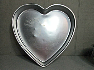 Wilton Vintage Be Mine Cake Pan.