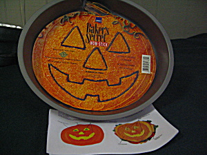Ekco Baker's Secret Pumpkin Cake Pan