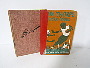 Vintage Books Jim Thorpe & Pay Off Pitch