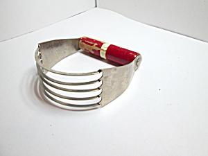 Vintage Echo  Red Handle Dough Blender (Image1)