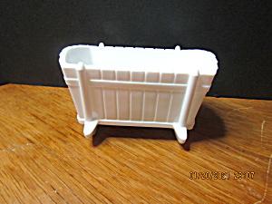 Vintage Indiana Glass Milk Glass Baby Cradle (Image1)