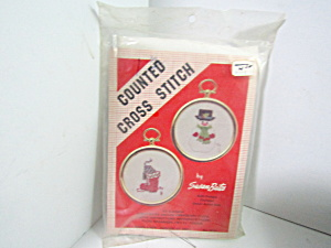 Susan Bates Christmas Counted Cross Stitch