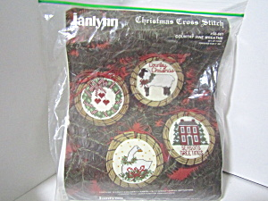 Janlynn Christmas Cross Stitch Country Vine Wreaths