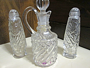 Vintage Patterned Cruet & Shakers