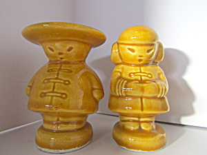 Vintage Chinnese Boy And Girl Salt & Pepper Shakers