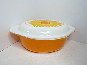 Corning Pyrex Oval Daisy Sunflower Yellow Casserole
