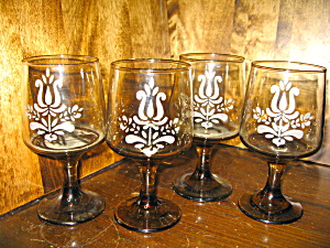 Pfaltzgraff Amber Brown Village Goblet Set