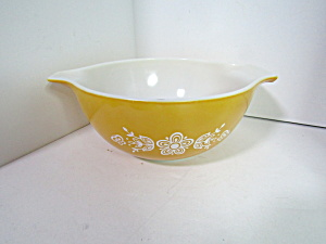Vintage Pyrex Cinderella Butterfly Gold Stacking Bowl
