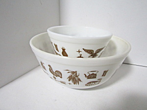 Vintage Pyrex Early American Stacking Bowl Set