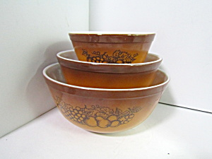Vintage Pyrex Old Orchard Stacking/mixing Bowl