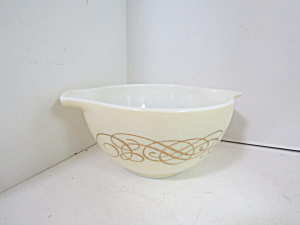 Vintage Pyrex Golden Scroll Dip Bowl