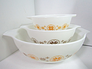 Vintage Corning Pyrex Cinderella Town & Country Bowls