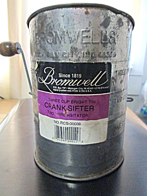 Vintage Bromwell Turn Handle Flour Sifter