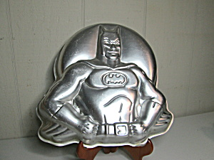 Wilton Vintage Batman Cake Pan