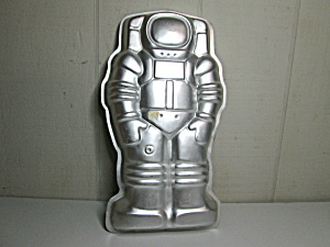 Wilton Vintage Spaceman Cake Pan