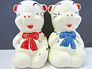 Vintage Bowtie Pigs Salt & Pepper Shakers Set