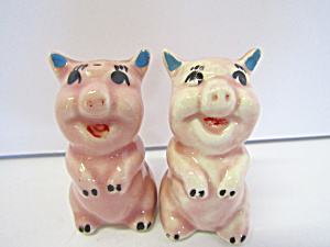 Vintage Pink Sitting Prity Pigs Salt & Pepper Set