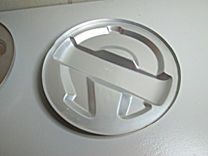 Wilton Vintage Winner's Circle Cake Pan