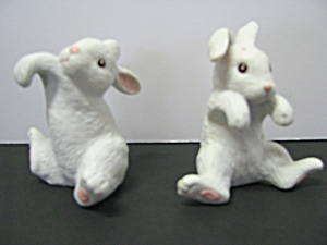 Vintage Salt And Pepper Shakers Hanging Rabbits