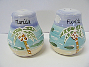 Vintage Florida Salt & Pepper Shaker Set