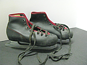 Vintage 1950s Majestic Quality Ice Skates