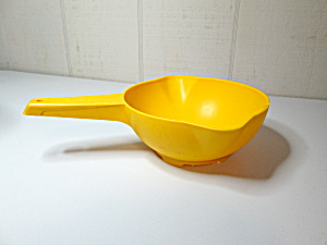 Tupperware Vintage Sunshine Yellow Strainer/colander