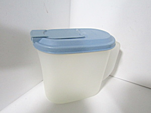 Vintage Tupperware Slim Line 1 Quart Oval Pitcher