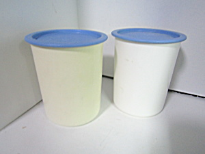 Vintage Tupperware Round Modular One Touch Canister #a
