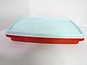 Vintage Tupperware Red Lunch Meat/Cheese Keeper (Image1)