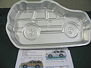 Wilton Sports Utility Vehicle Cake Pan