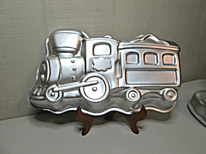 Wilton Little Train Cake Pan