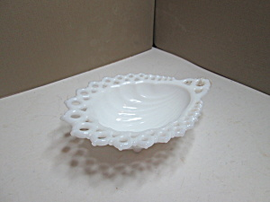 Vintage Westmoreland Milk Glass Shell Candy Dish