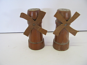 Vintage Wooden Windmills Salt & Pepper Shaker Set