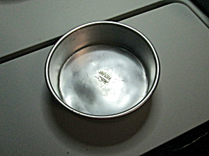 Vintage Wilton 6in. Round Performance Cake Pan