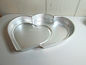 Wilton Vintage Fancifill Double Heart Cake Pan