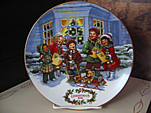 Avon 1991 Christmas Plate Perfect Harmony