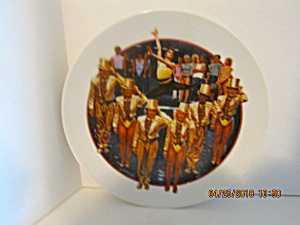 Avon Images Of Hollywood A Chorus Line Plate